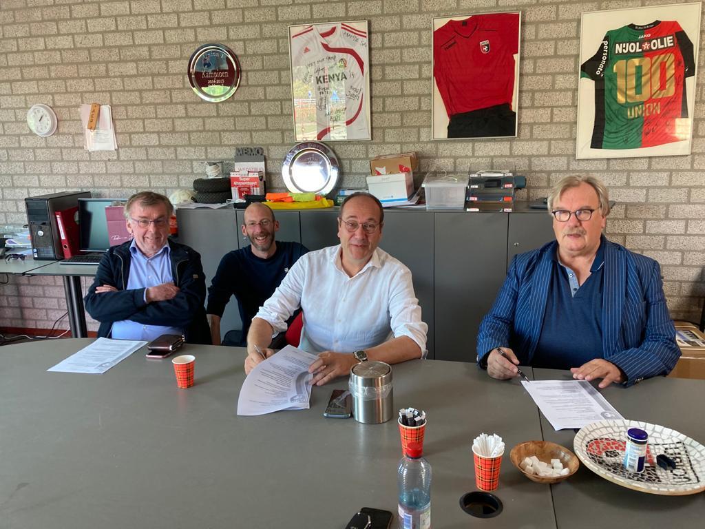Trouwe sponsoren GiesbertZ en Gerritzen verlengen sponsorcontract
